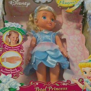 Rare.  Disney petal princess.Little Cinderella dol